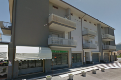 AFFITTA LOCALE COMMERCIALE – PETTINO