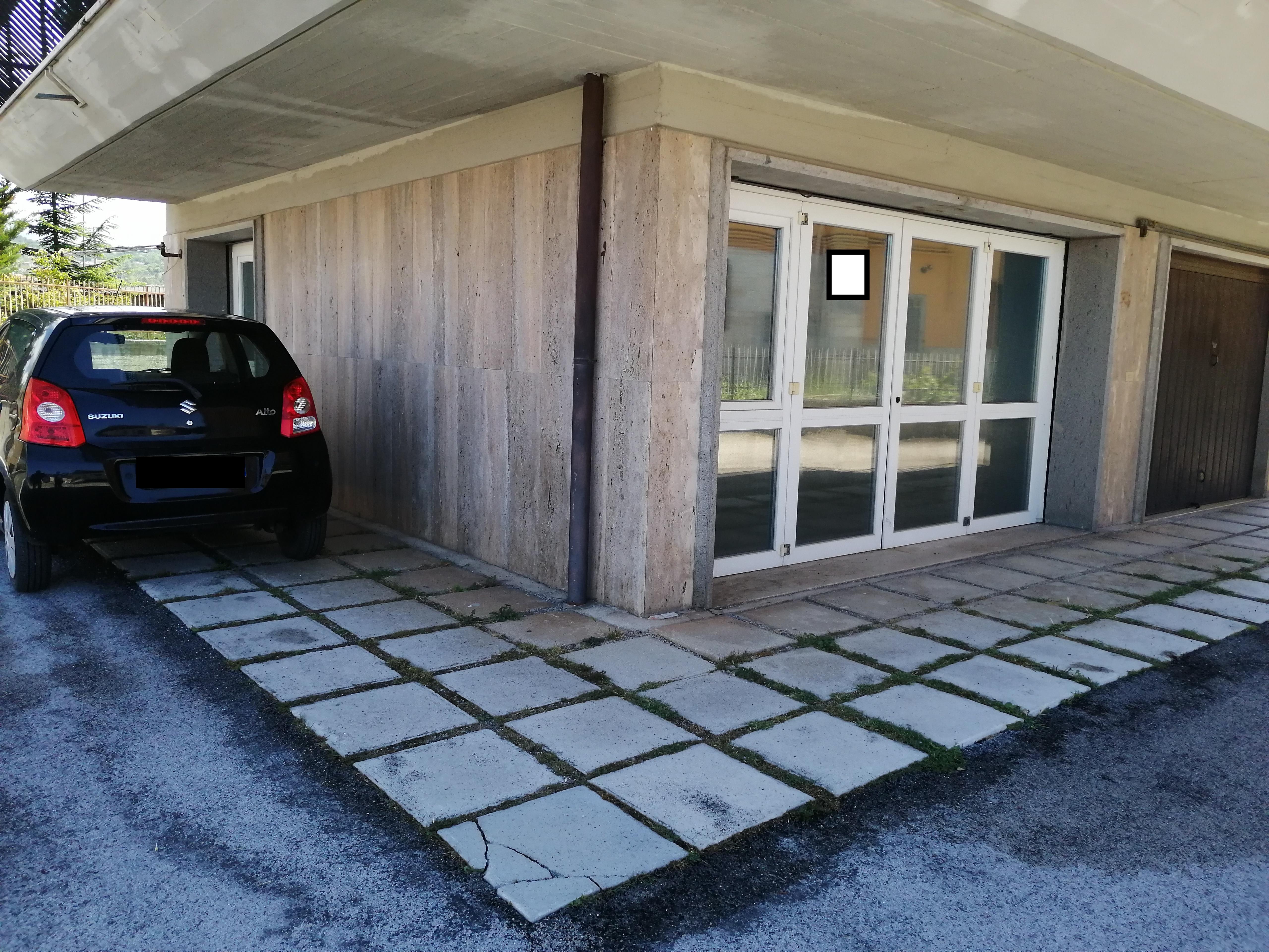 AFFITTA LOCALE USO STUDIO – L'AQUILA